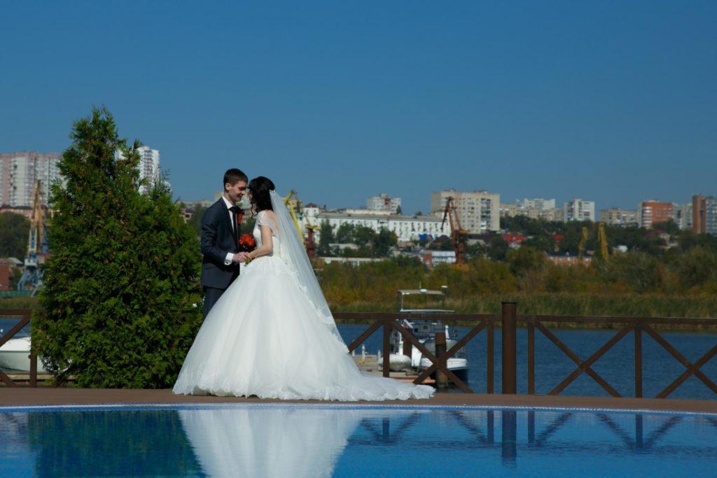 Эксклюзивная кухня и интерьер для свадебных банкетов в Высоком Береге
