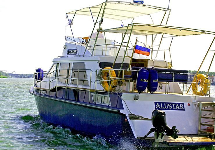 Яхта Aluster в Ростове-на-Дону 2