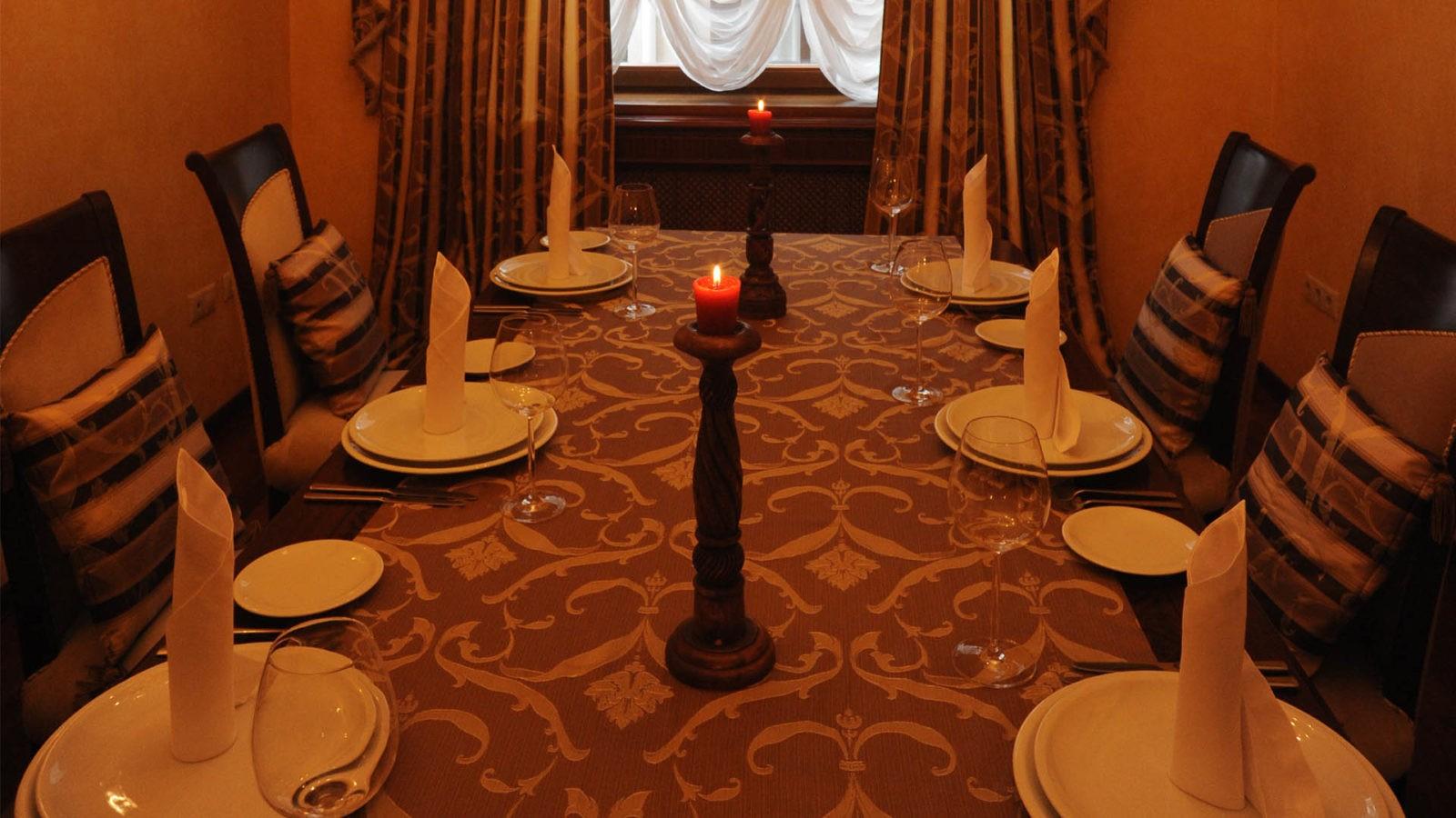 VIP Столик в Ресторане Высокий Берег 2