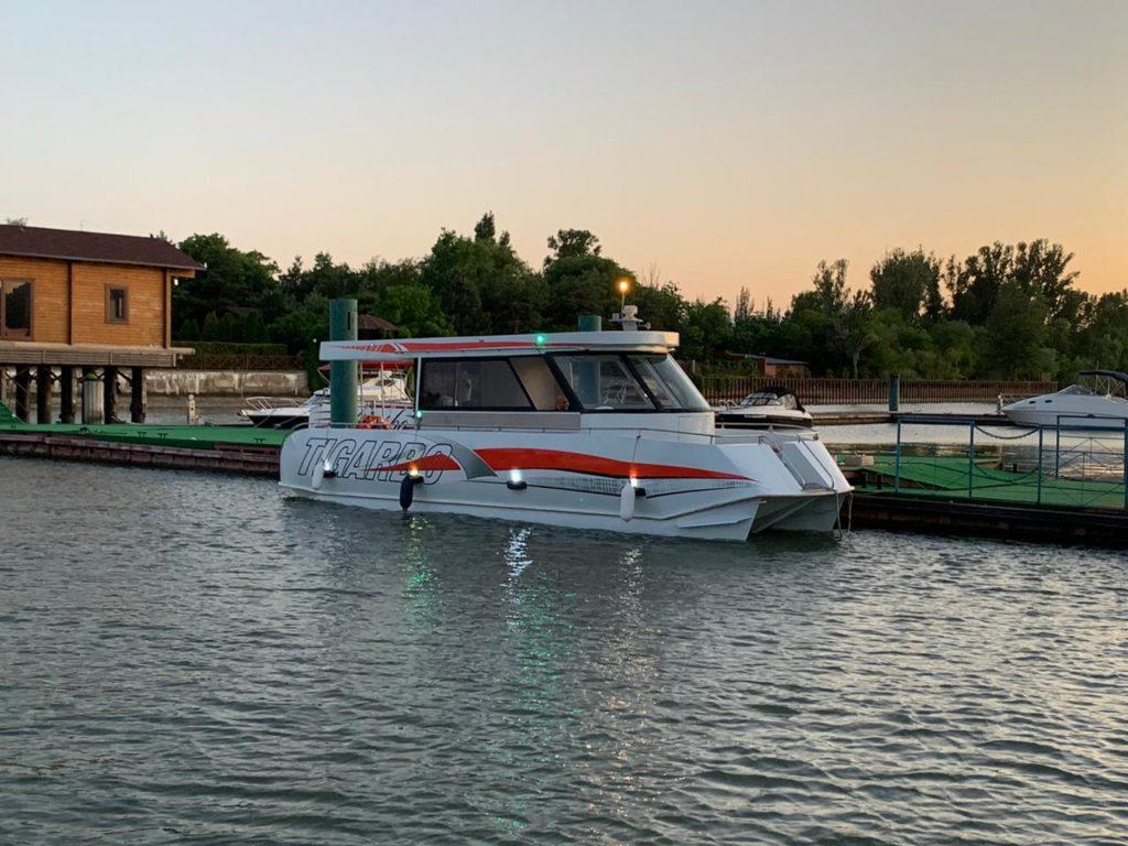 Яхта Tigarbo